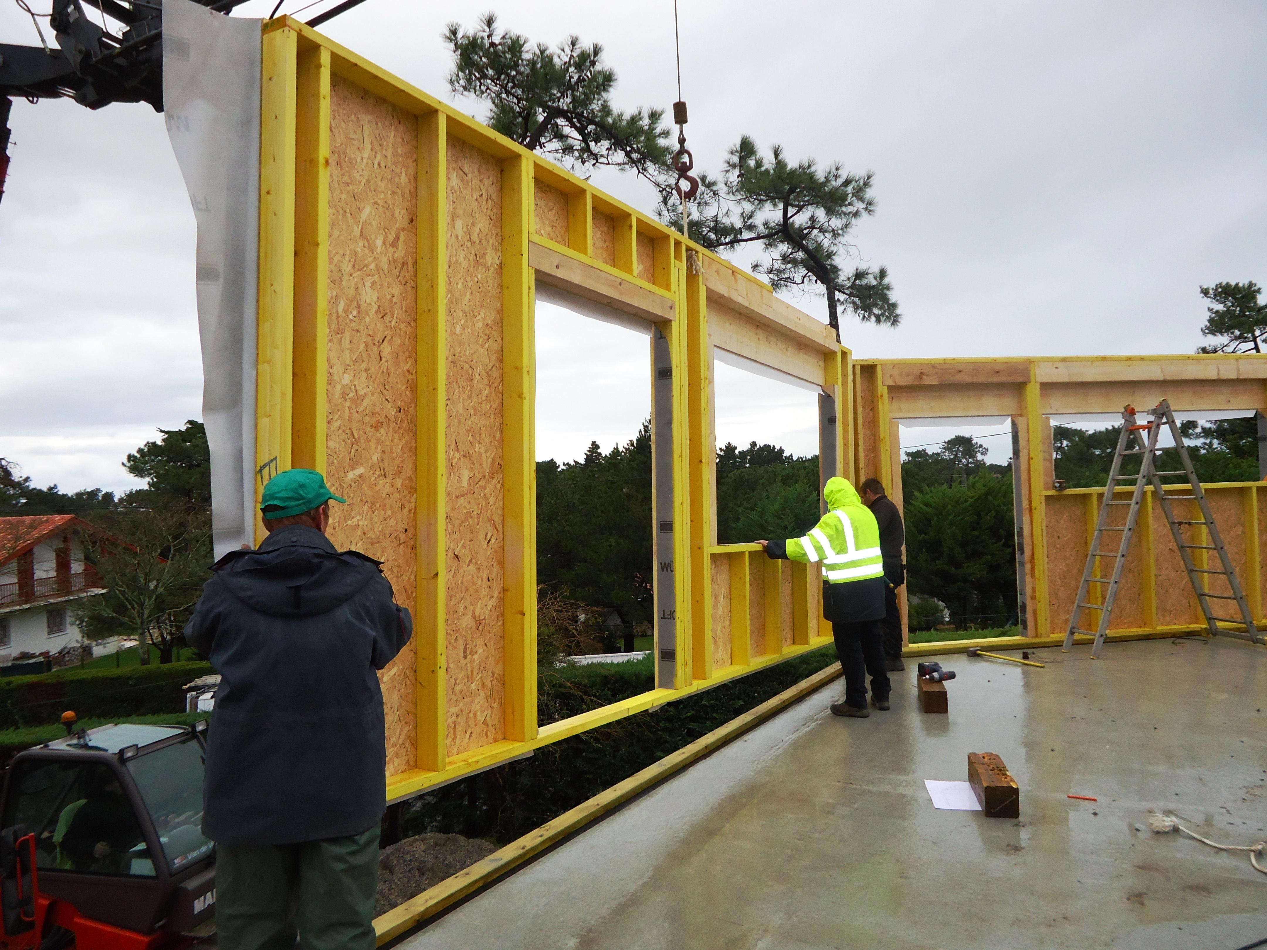 Constructeur maison bois landes for Constructeur maison en bois 27